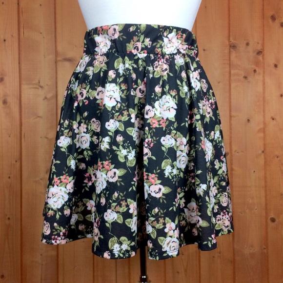 b32156e76d Joe Boxer Skirts | Floral Black Cotton Skater Skirt Sm | Poshmark